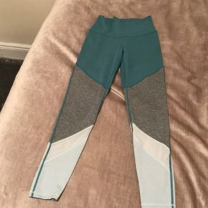 Colorblock high waisted Aerie Move  leggings